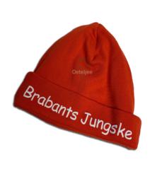 Brabants babymutsje rood met opdruk Brabants Jungske