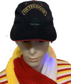 Oeteldonkse cap met gouden boog embleem Oeteldonk