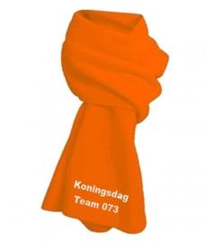 Koningsdag fleece sjaal oranje met geborduurde eigen tekst