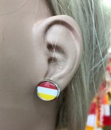 Oeteldonk rood wit gele oorbellen knopje