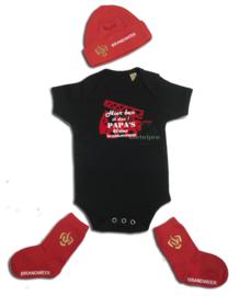 Babymutsje rood met brandweer opdruk