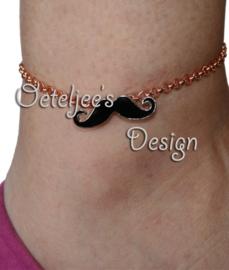 Enkelbandje - Moustache roze gold