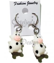 Oorbellen met koe
