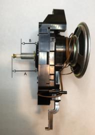 Seiko quartz met aangedreven slinger en geluid, wijzeraslengte A= 30 mm.