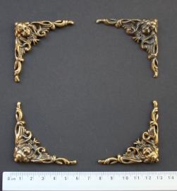 114.17 set brons gekleurd kunststof hoekstukken