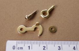 Messing haak, oog, schroef en ring voor afsluiting van een klokdeurtje, 17,4 mm