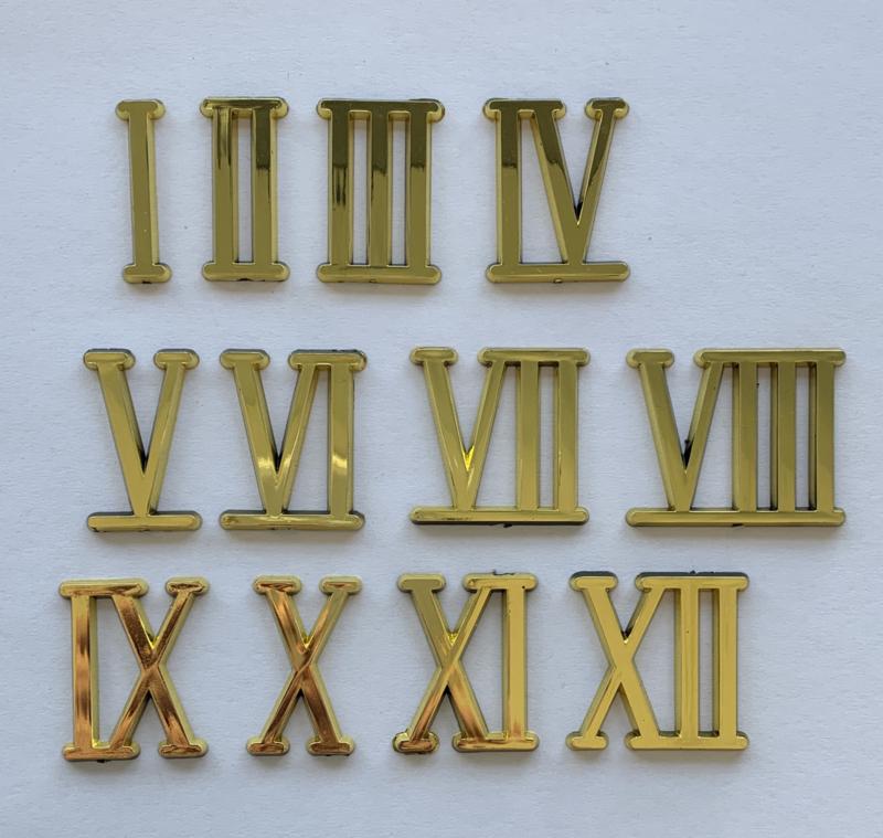SC51 Goudgelakte kunststof Romeinse cijferset 1-12, 20 mm
