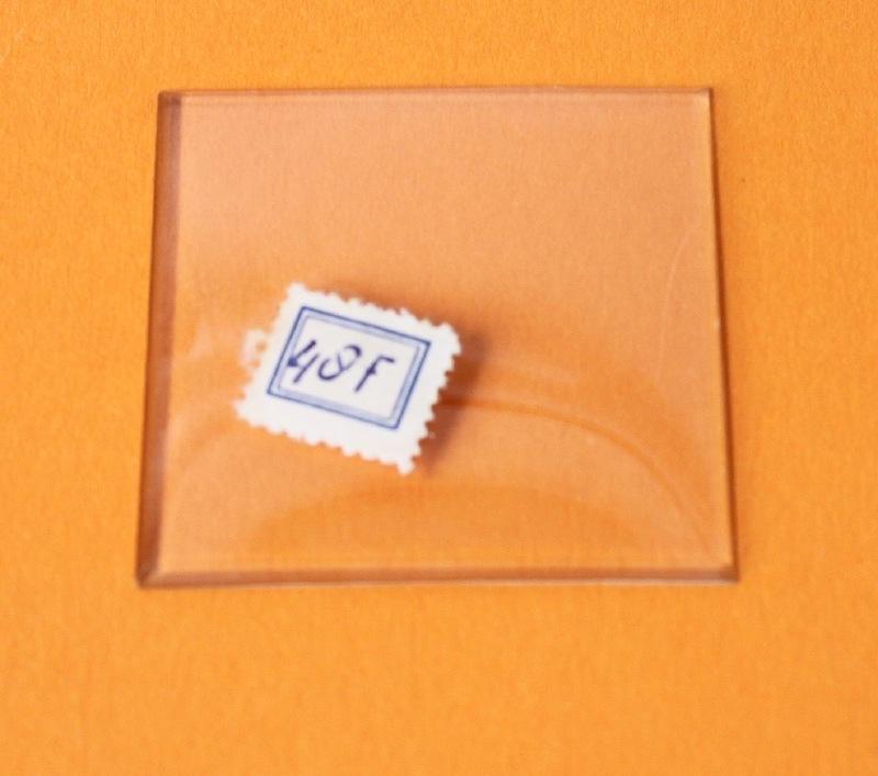 Oud facet geslepen vierkant bol glas, 48 x 48 mm
