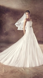AD Faldeo (by Pronovias) maat 38