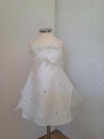 Bruidsmeisje 2/3 model 1144