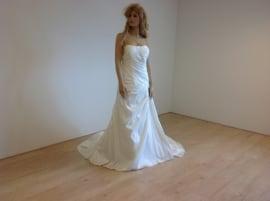 Romantica Model Bryony maat 48