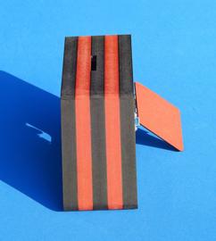 Spaarpot met eigen naam model Ruit van gekleurd Valchromat.