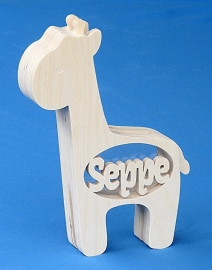 Spaarpot hout met eigen naam model Giraf.