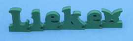 Namen met puzzelkoppeling van gekleurd 19 mm dik Valchromat.