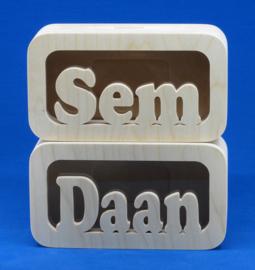 Spaarpot hout met eigen naam model Daan.