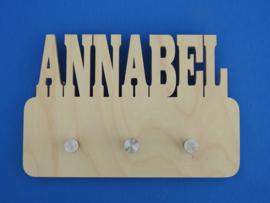 Garderobe mit eigenem Namen Modell Annabel aus Birkenholz.