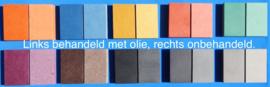 Naam op balk van gekleurd 19 mm dik Valchromat.