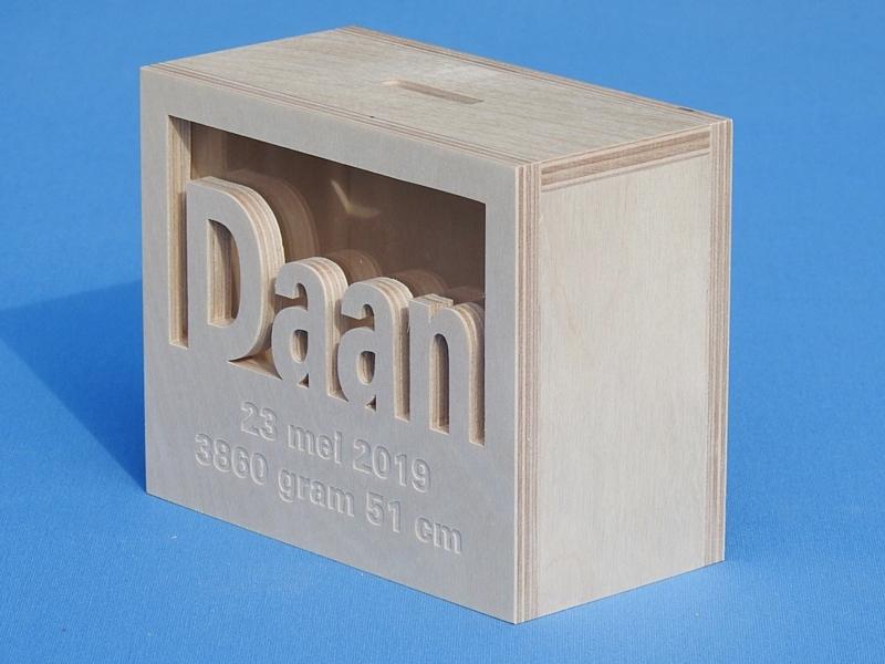 Spaarpot met naam model rechthoek.