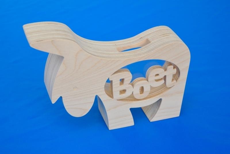 Spaarpot hout met eigen naam model Ezel.
