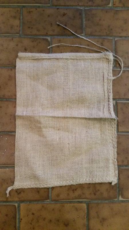 Jute zakken / jutezak / nieuw  / 30 x 40 cm – met koord - 275 gram/m2 doek / per 5 stuks