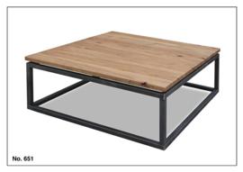 651 salontafel van KOOPMANS met industriële poten 100 x 100 cm voordelig bij Internetmeubel vraag een offerte aan