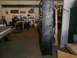 Harderwijk Metaal Industriële Vitrinekast 130 cm breed  tijdelijk speciale aanbieding