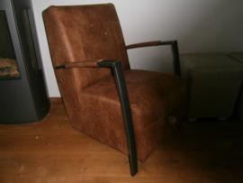 VIVA Een nieuw model Industriële fauteuil in COLORADO leer nu in de actie VOOR DE LAAGSTE PRIJS