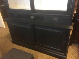 Vitrinekast 203 Kleur zwart/wit met schuifdeuren met 3 laden functionele kast 160 cm breed nu in de ACTIE