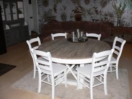 Louvre eethoek compleet een  tafel rond 150 cm.+ 6 stoelen hout wit nu in de actie