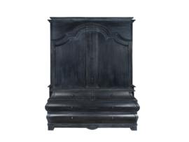 Betul | landelijke buikkast in oud zwart look 160 cm breed