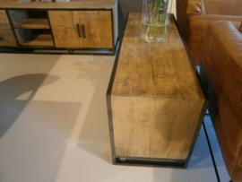 MMB130 |Tv-meubel model MMB130  Mango /Metaal 130 cm voor een scherpe prijs