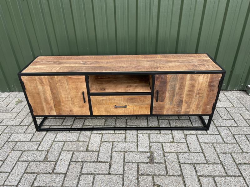 MONIEK02  Tv-meubel Metaal / Mango 160 cm. breed.          Super laag geprijst