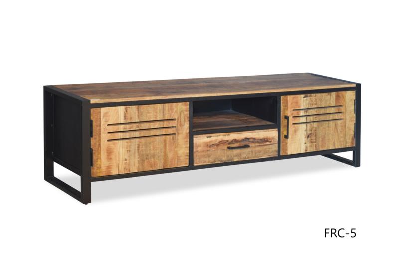 FCR-5 Een prachtig Tv- dressoir Mangohout/ industriële af werking afmeting 160 cm NU VOOR EEN ACTIE PRIJS