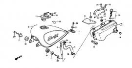 Honda Benzineslang lek tussen de bovenste en onderste Benzinetank? Rood Dik
