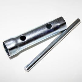bougiesleutel 16mm (schroefdraad van de bougie is 10mm)