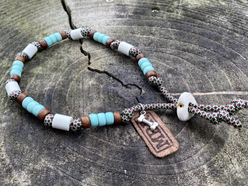 MBR necklace * Mint, Burgundy*