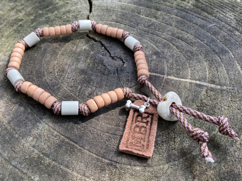 MBR necklace *Pastel roze, Hazelnoot bruin*