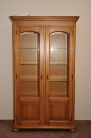 1.9 vitrine kast