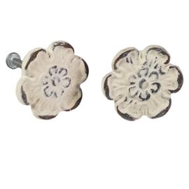 metalen deurknop bloem wit distressed