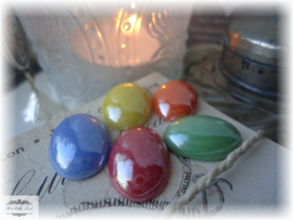 SET VAN 10 CABOCHONS 18 x 13 MM (MIX)
