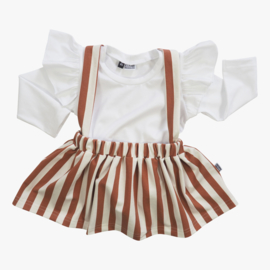Suspender Skirt Vertical Rust &Cream + Ruffle Top wit of creme