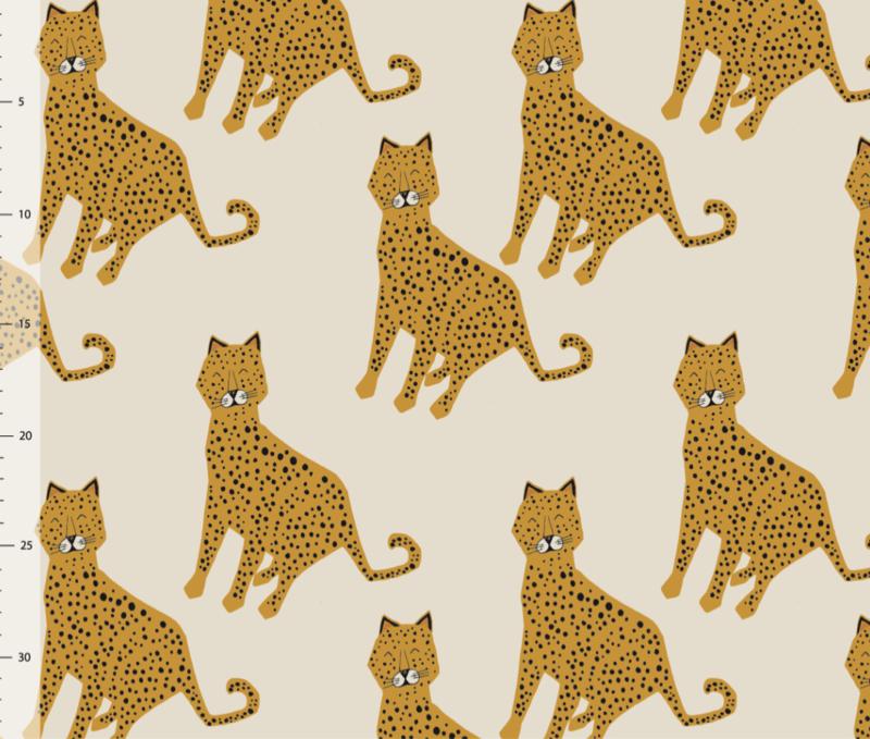 Leopard Cream  - Sweat