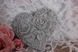 Hart met twee rozen.
