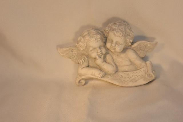 Geursteen dubbele engel.