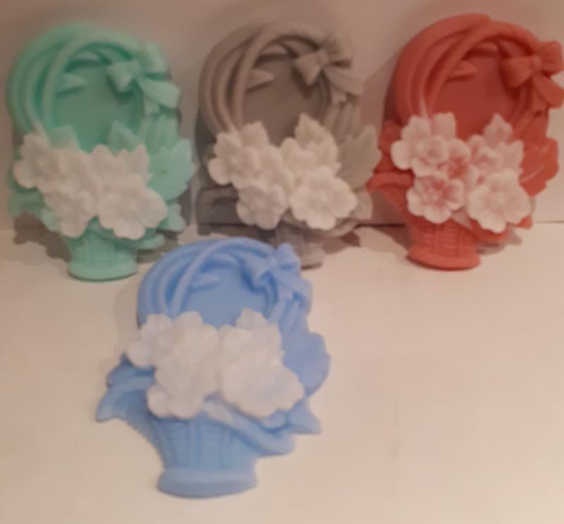Bloemen mand in twee kleuren