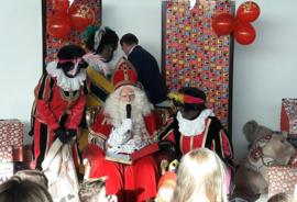 Sinterklaasfeest bij Mercedes