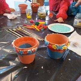 Kinderfeestje bloempotten schilderen