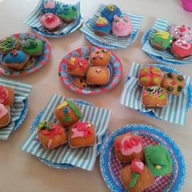 Kinderfeestje cupcakes versieren