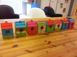 Kinderfeestje vogelhuisjes maken