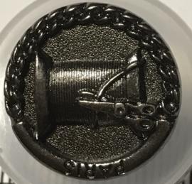 Schaar en garen op knoop 2 cm